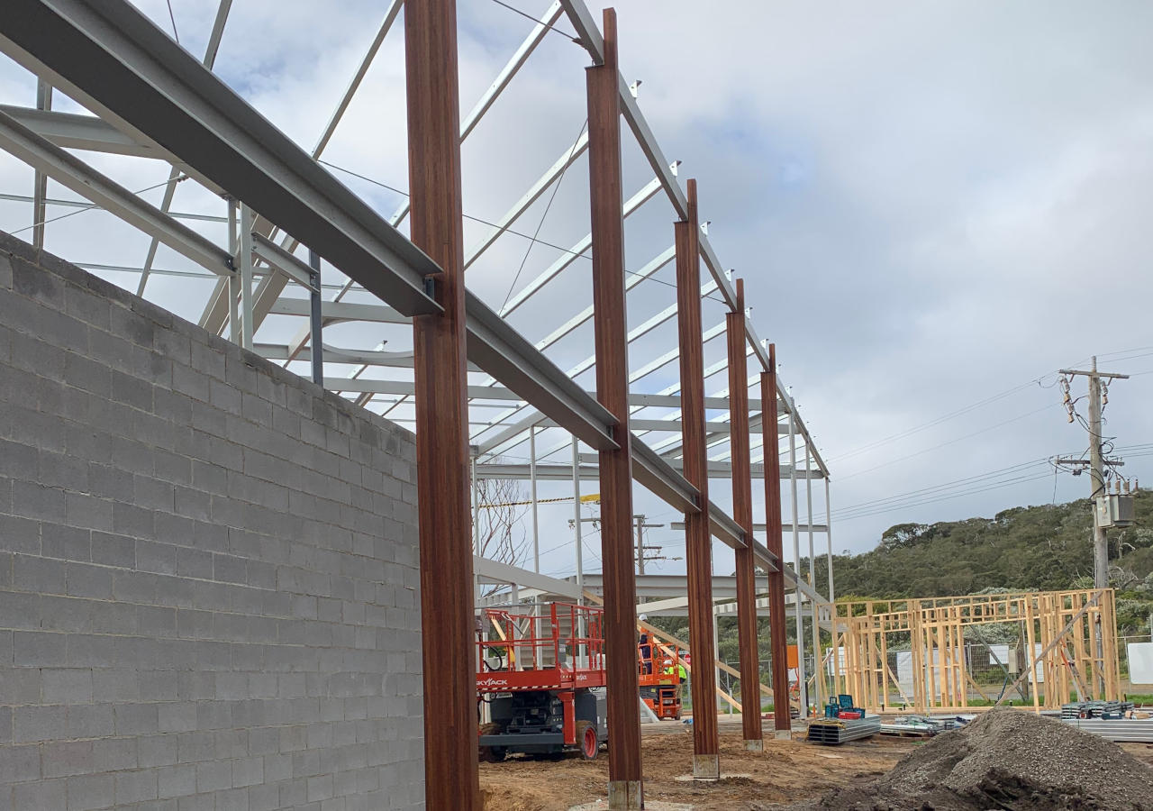 Glulam and steel beams of PLSLSC during construction