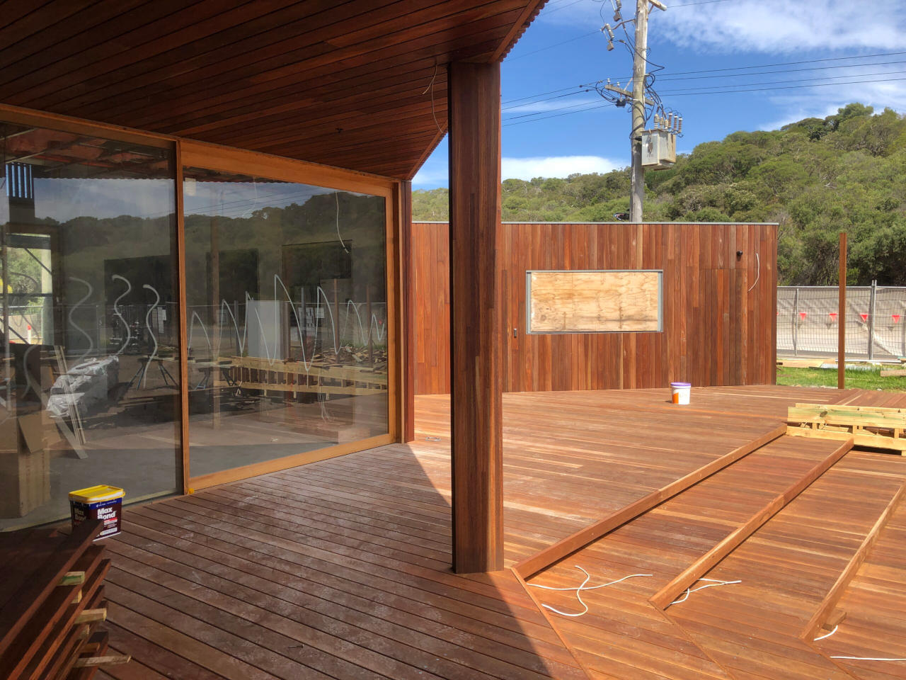 PLSLSC timber deck and seating